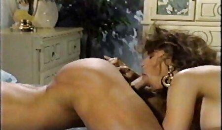 Stojeći štucanje sauna porno
