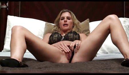 Dane Jones djevojčica eura s pigtailsima u porno nubile film pamučnim gaćicama