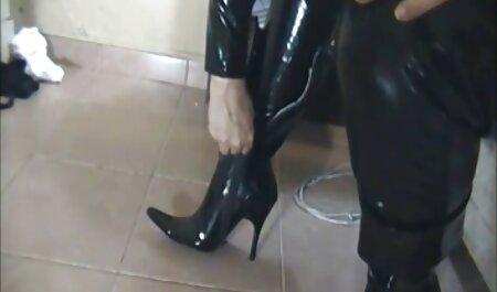 Naleti na živu lutku od lateksa jennifer lopez film porno