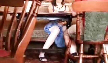 Muški brak teen jebe njegovu film porno thai kuću video
