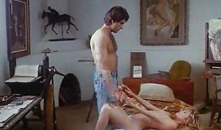 - Seksi domaćica jebe joj filmporno pastorku